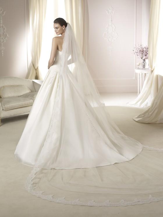 Modello Daura  Abiti da sposa W1 White One 2015  Salem Spose