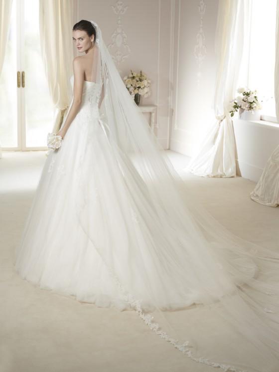 Modello Nigua  Abiti da sposa W1 White One 2015  Salem Spose