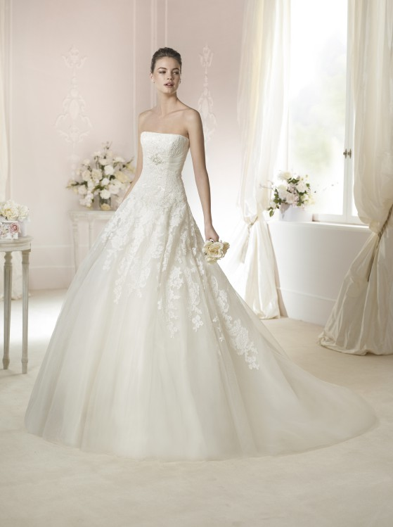Modello Triana  Abiti da sposa W1 White One 2015  Salem Spose